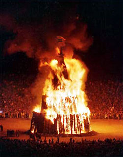This image has an empty alt attribute; its file name is Bonfire.jpg